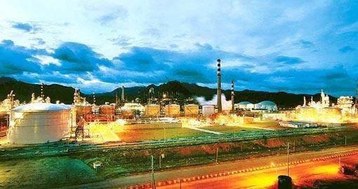 大亚湾石油基地工程